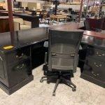 Black Traditional L-Shape Desk