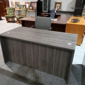 Desk – 30 x 60 – with Hanging Ped (used)