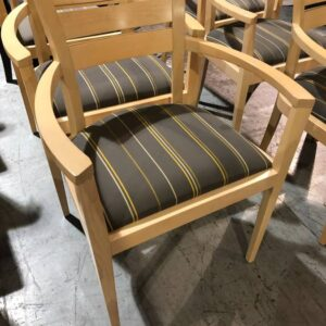 Maple Framed Office Guest Chair (used)